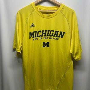 Men's Adidas Large Michigan Wolverines Shirt